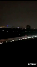 210,000 vehicles escaped from the city the day before #Wuhan's lockdown.mp4