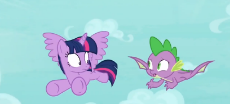 1754421__safe_screencap_spike_twilight sparkle_molt down_spoiler-colon-s08e11_alicorn_dragon_flying_male_twilight sparkle (alicorn)_winge.png