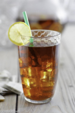 homemade-copycat-mcdonalds-sweet-tea-2.jpg