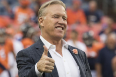 Watch-John-Elway-pranks-cab-driver-after-asking-about-best-NFL-quarterbacks.jpg